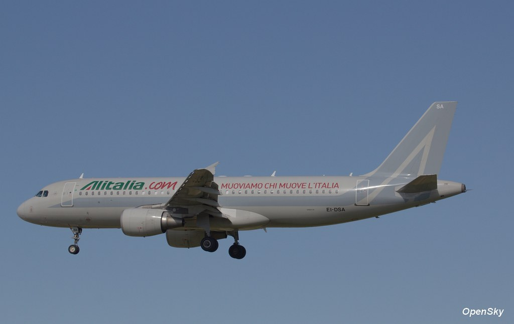 Alitalia Airbus A320-216 EI-DSA (cn 2869)