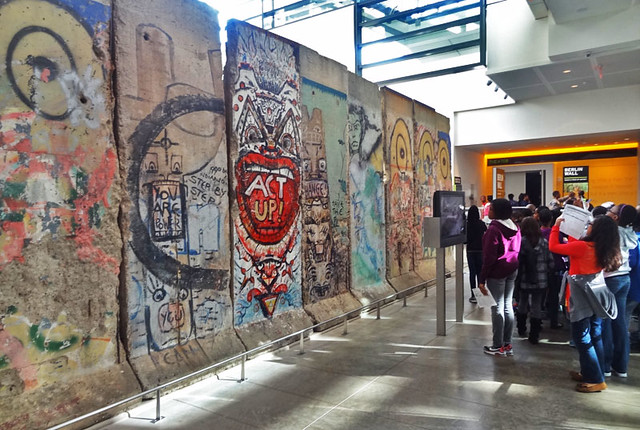 berlin-wall-newseum