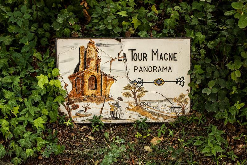 La Tour Magne tower this way!