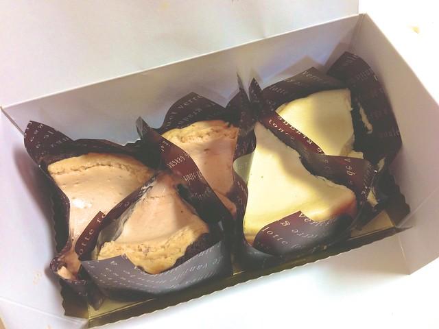 箱入りケーキ