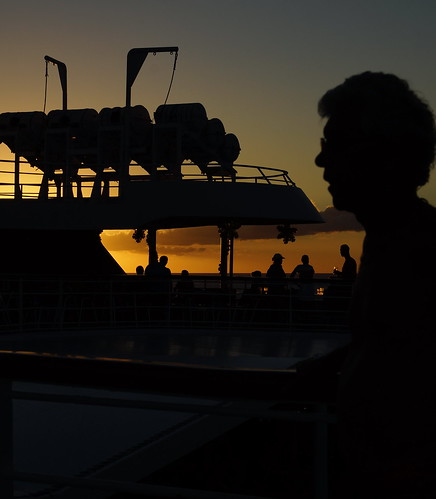 cruise people sun holiday black colour silhouette yellow set golden evening ship sony caribbean alpha a77 carrabean