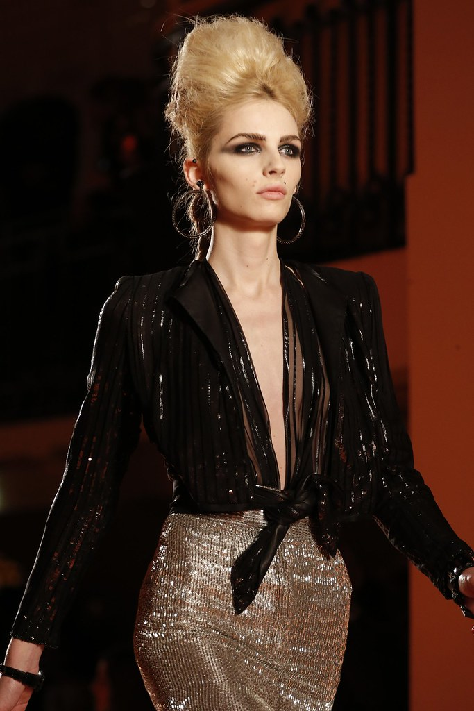 Andrej Pejic3359_SS13 Paris Jean Paul Gaultier Haute Couture(VOGUE)