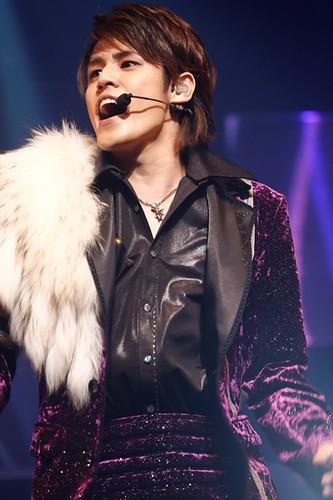 130204(2) – 聲優「宮野真守」將在10/4正式登上『日本武道館』開演唱會,成為男性聲優史上第一人! (1/4)