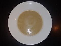 Gul suppe med ingefær og kokosmælk
