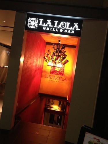 入り口もお洒落@LA LOLA(ラロラ)