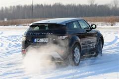 automobile, range rover, sport utility vehicle, vehicle, snow, off-roading, range rover evoque, land vehicle,