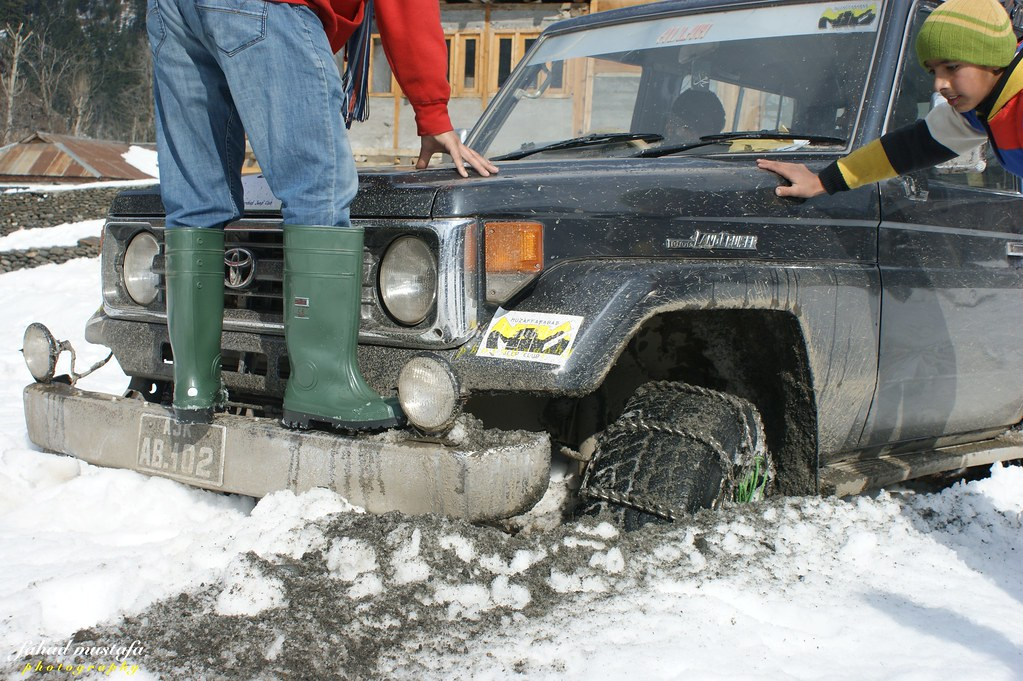 Muzaffarabad Jeep Club Neelum Snow Cross - 8471840538 4acaf86502 b