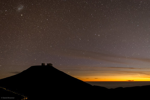 Comets Lemmon and PANSTARRS from Paranal
