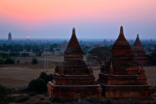 Note: the background is not a watercolor painting. There are just 4,000 stupas in this town and it created a beautiful backdrop to this sunrise