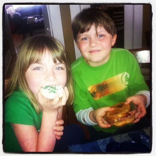 My sweet St. Patrick's Day blessings. #stpatricksday #green #stpaddy #cookie #reubensandwich #holiday #traditions #siblings #food  #lifeatwewillgo