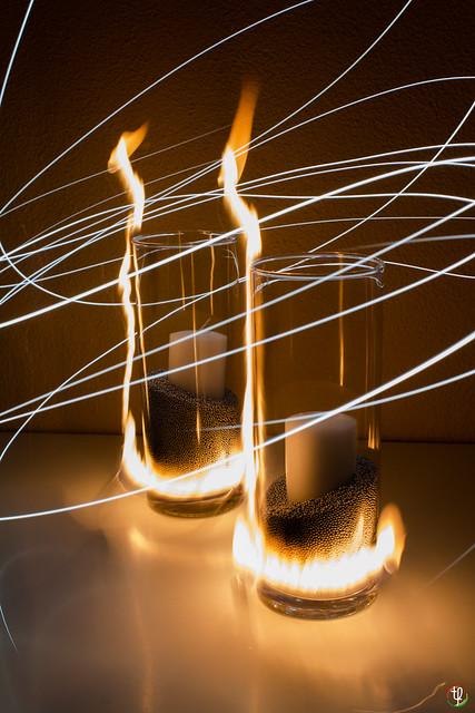 Brennende Vase - First