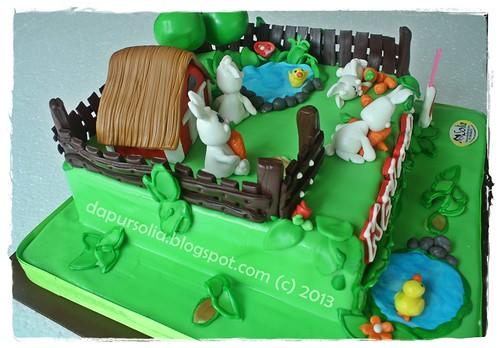 Rabbit Cake for Keiko