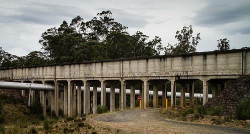 Aqueduct over pipe