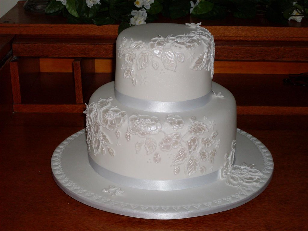 Standard One And Two Tiered Wedding Cakes