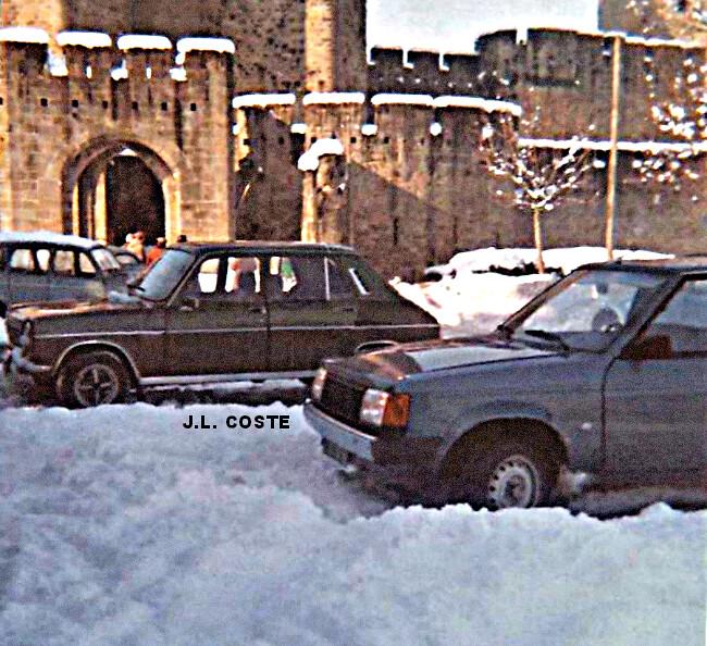 55 cm de neige sur les remparts de la Cité de Carcassonne, au lendemain de l'épisode neigeux remarquable du 12 janvier 1981 météopassion