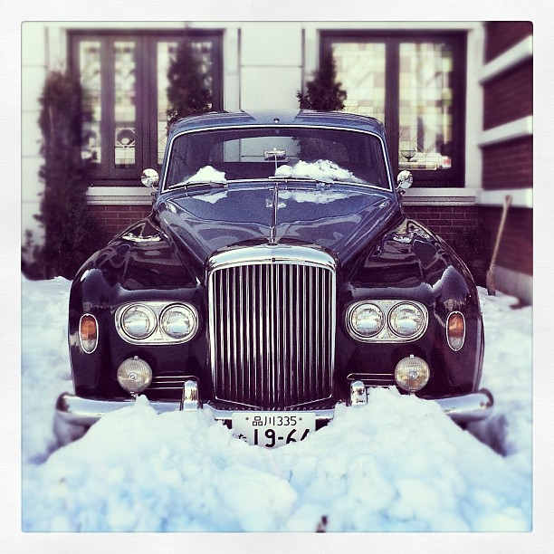#bentley in the #snow