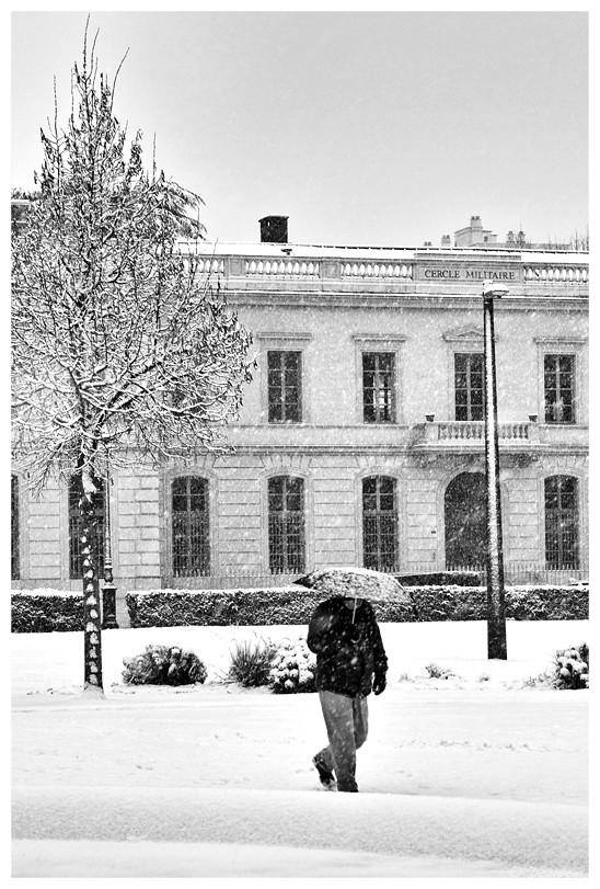 Grenoble sous la neige, temps de chien ? !