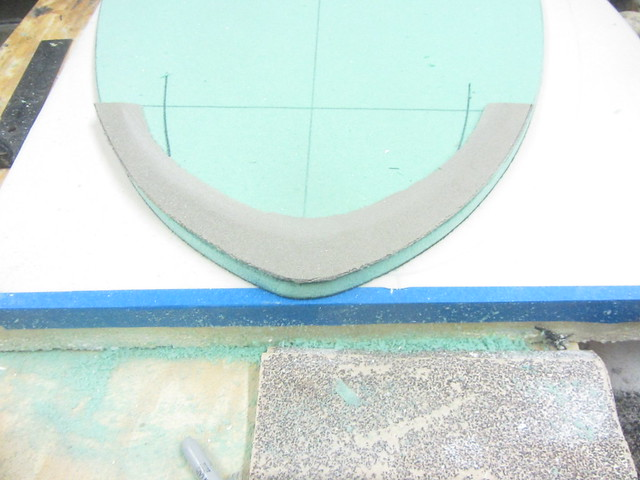 Concave and kicked skimboard 011