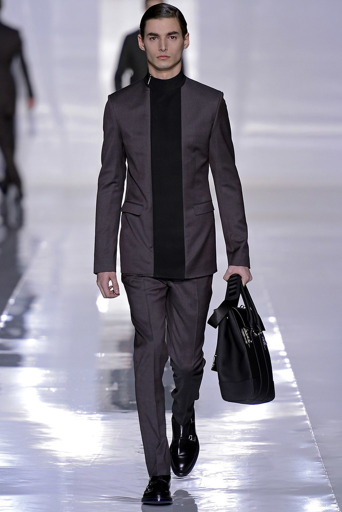 FW13 Paris Dior Homme018_Wojtek Czerski(GQ.com)