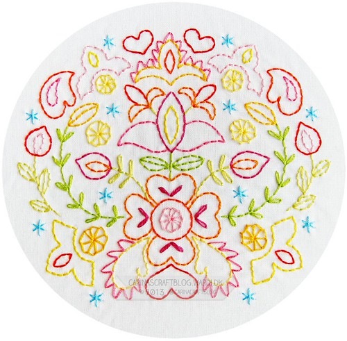 Blomkrans embroidery pattern