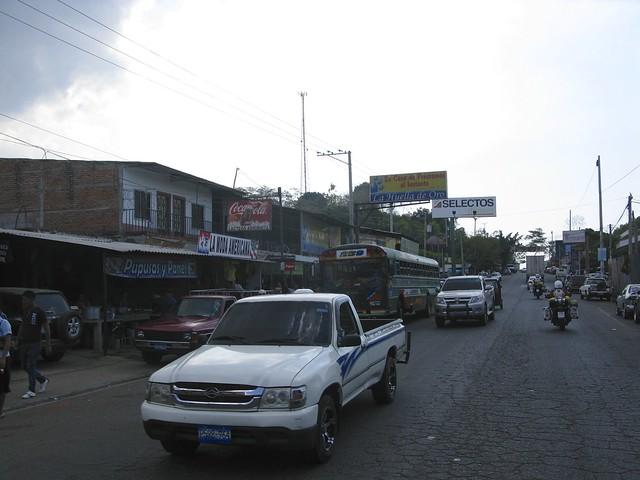 Fr Gränsentill Santa Ana, Salvador 024