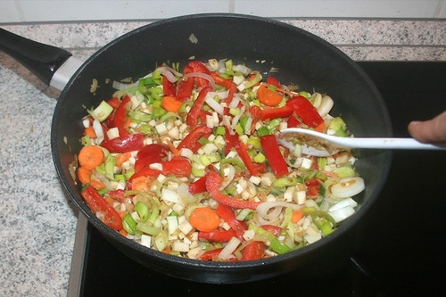 44 - Gemüse anbraten / Roast vegetables