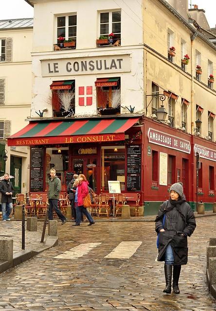 Paris butte montmartre le consulat restaurant flickr for Restaurant le miroir montmartre