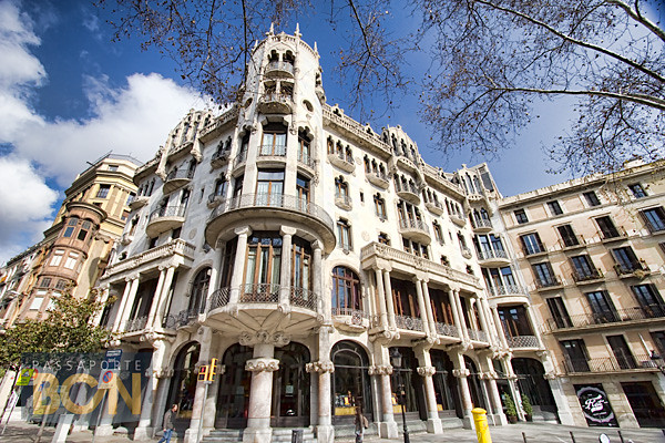 Casa Fuster, Barcelona