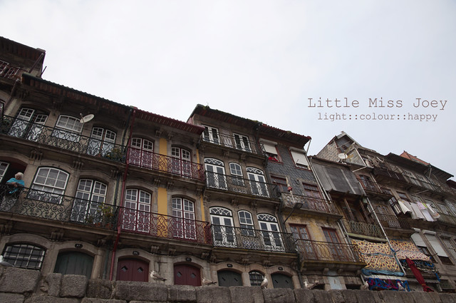 Windows to the river Douro