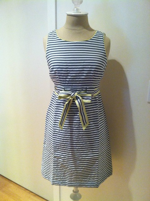 LOFT条纹连衣裙