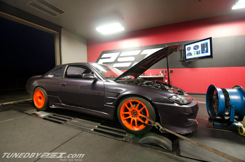 James' Nissan S14.5 on the dyno at PSI