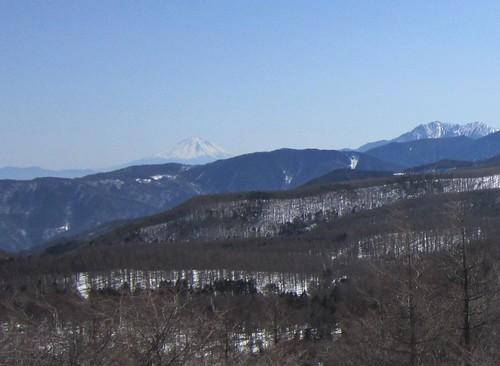 富士山と甲斐駒ケ岳 2013年3月12日12:05 by Poran111