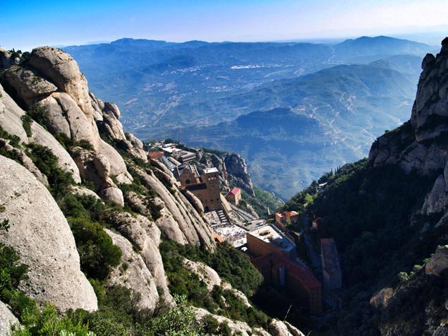 monasterio montserrat_emplazamiento