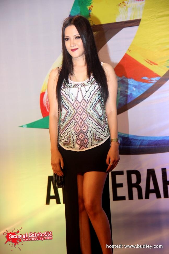 Fesyen AJL27