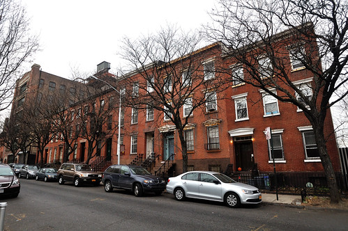 Vinegar Hill, Front Street