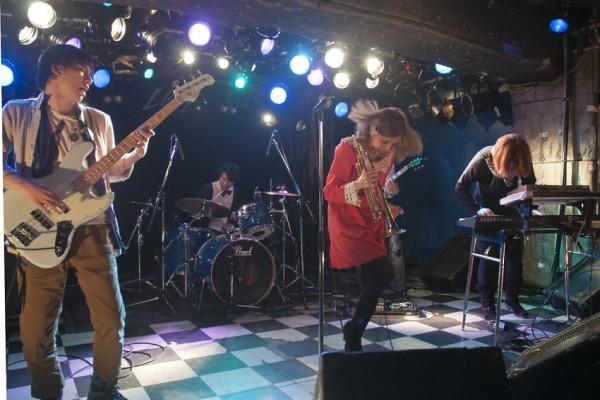 新感覚インストユニット山崎千裕+ROUTE14band、アメリカデビューツアー!02