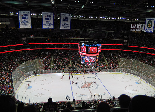 Philadelphia Flyers vs New Jersey Devils at Prudential Center