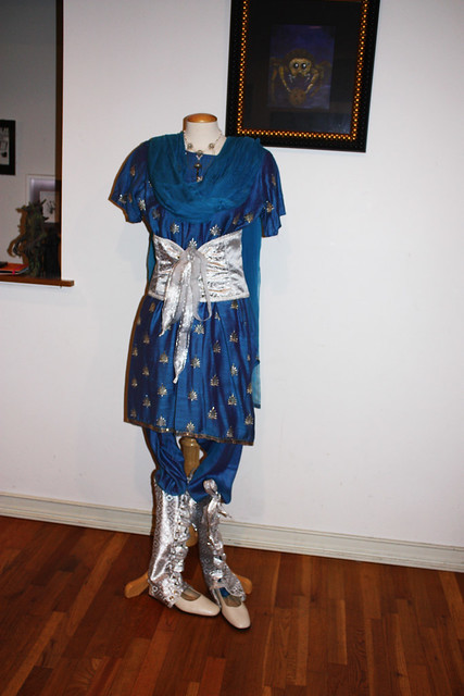 blue-silver-steampunk-outfit