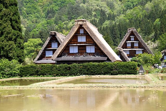 Shirakawa go shirakawa go 16 05 2010 by for Case giapponesi antiche