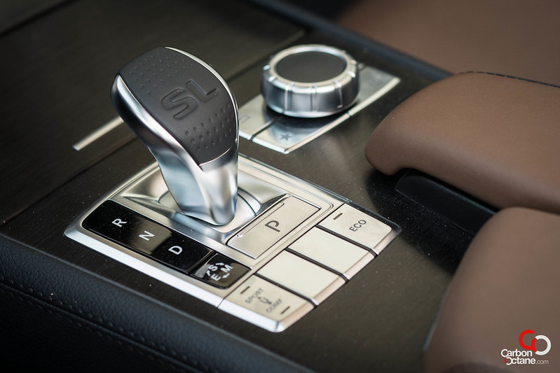 2013 Mercedes Benz SL500 gear shifter.jpg