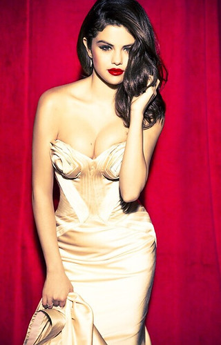 Selena Gomez the Scene Glamour Magazine by Biilboard Hot 100