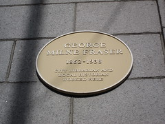 Photo of George Milne Fraser yellow plaque
