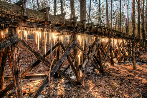 winter usa mill sunrise landscape outdoors virginia landscapes us pond unitedstates va icicle icicles hdr blueridgeparkway gristmill mabrymill meadowsofdan burksfork