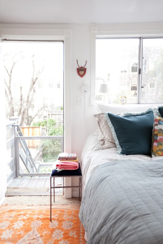 jordan-ferney-apartment-san-francisco-small-apartment-tips-bedroom