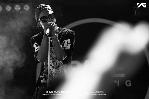 Taeyang_Facebook_BUSAN_concert_20140627 (4)