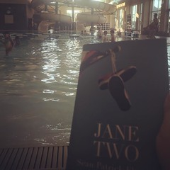 Still hot here in Texas so it's only appropriate that I have a hot poolside read. #janetwo #seanpatrickflanery @spflanery @flaneryfever #texas #texasfall #sanantonio #texasauthor #writersofinstagram #authorsofinstagram #pool #swimming #read #book @lifetim