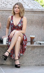 Sarah Hyland - On The Set Of 'Modern Family' In New York