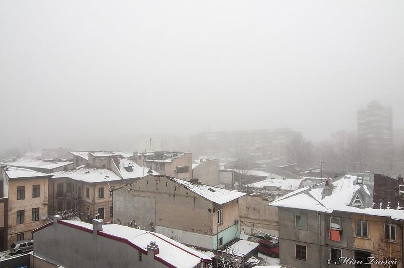 ceață peste oraș