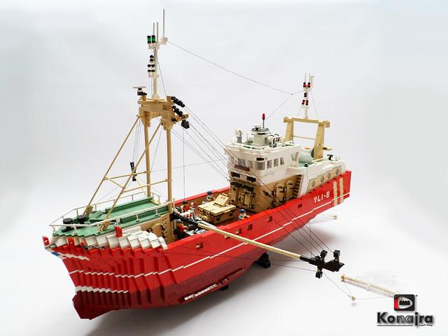 beamtrawler VLI-8 fishing