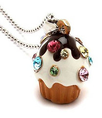 Your Fashion Jewellery - CupCake Pendant Necklace